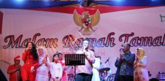 Malam ramah tamah dan hiburan rakyat Kabupaten Bintan 2017 sempena HUT Kemerdekaan RI ke-72 di Bintan berlangsung meriah.