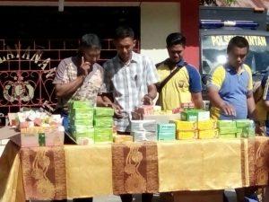 Pemusnahan obat-obat terlarang di Mapolsek Siantan, Kabupaten Anambas
