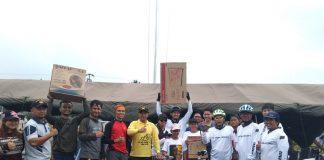 Komandan Lanal Ranai, Kolonel Laut (P) Tony Herdijanto, bersama peserta Fun Bike (Ft.dok suluh kepri)