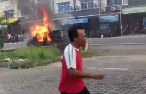 Kondisi saat mobil terbakar