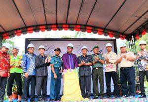 Bupati Bintan saat me esmikan Pembangunan Melia Bintan Indonesia Hotel and Resorts dengani investasi Rp 500 Miliar Rupiah