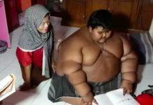 Arya Permana sedang belajar, yang ditemani ibunya