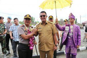 Bupati Bintan Apri Sujadi dan Kapolda Kepri Irjen Pol Didid Widjanardi di Mapolres Bintan