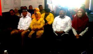 Paslon SABAR dan LIMA di Kantor KPUD Tanjungpinang
