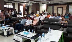 Suasana rapat pleno KPUD Tanjungpinaang