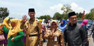 Walikota Syahrul dan istri bersama Wakil Walikota Rahma dan suami saat tiba di tempat acara