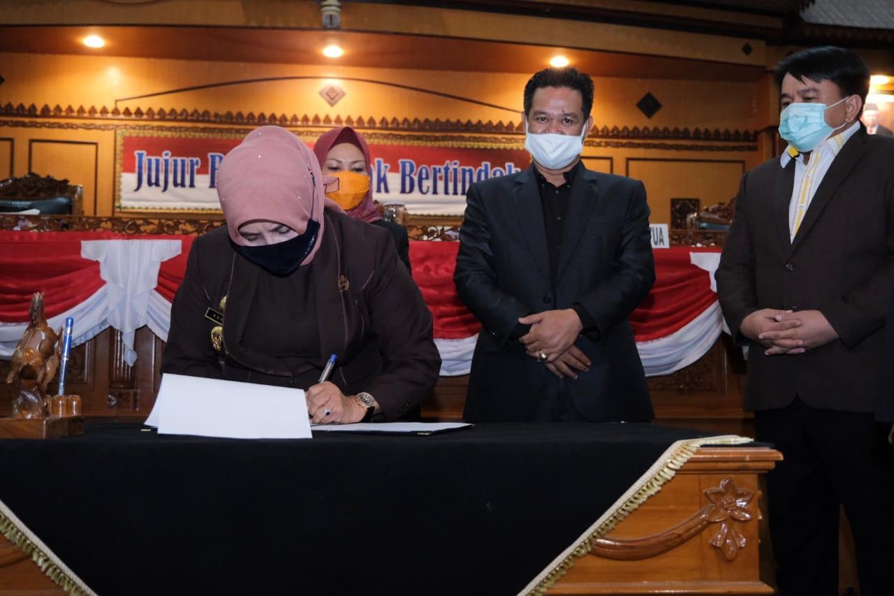 "DPRD Sahkan APBD Tanjungpinang 2021, Rahma: ""Semoga Program dan Kegiatan  Tepat Sasaran"". | Suluh Kepri"